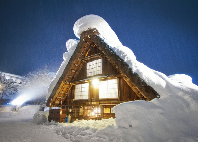 Shirakawa-go sous la neige. ©Agustin Rafael Reyes
